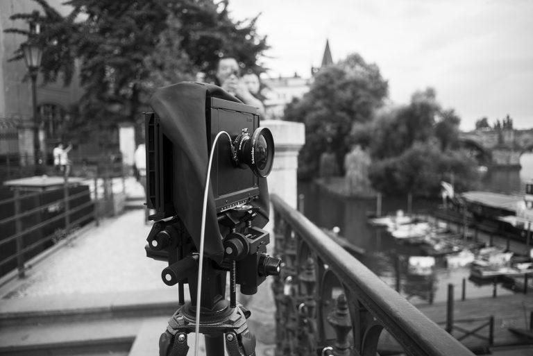 Making of von Ken Wagner als Architekturfotograf, analoge Großformatfotografie