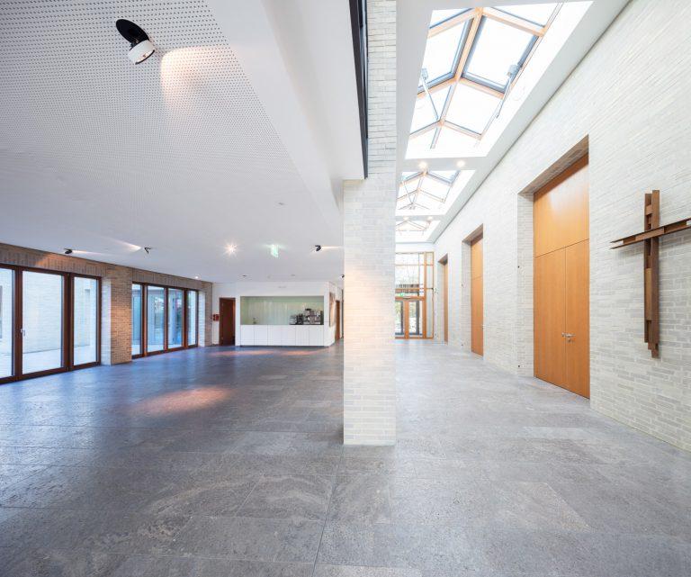Architekturfotografie für Batimet in Köln St Rochus Innenraum