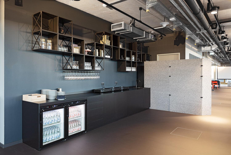 Architekturfotografie für Batimet, Küche Mediapark Design Office in Köln Mediapark Design Office