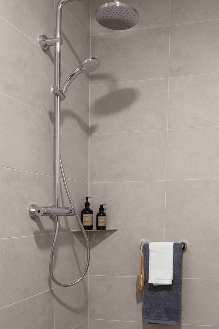 Dusche in der Musterwohnung in Dresden Immobilienfotograf Architekturfotograf