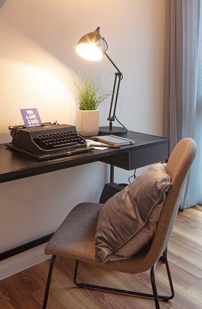 Schreibtisch in der Musterwohnung in DresdenMusterwohnung in Dresden Immobilienfotograf Leipzig Chemnitz Dresden