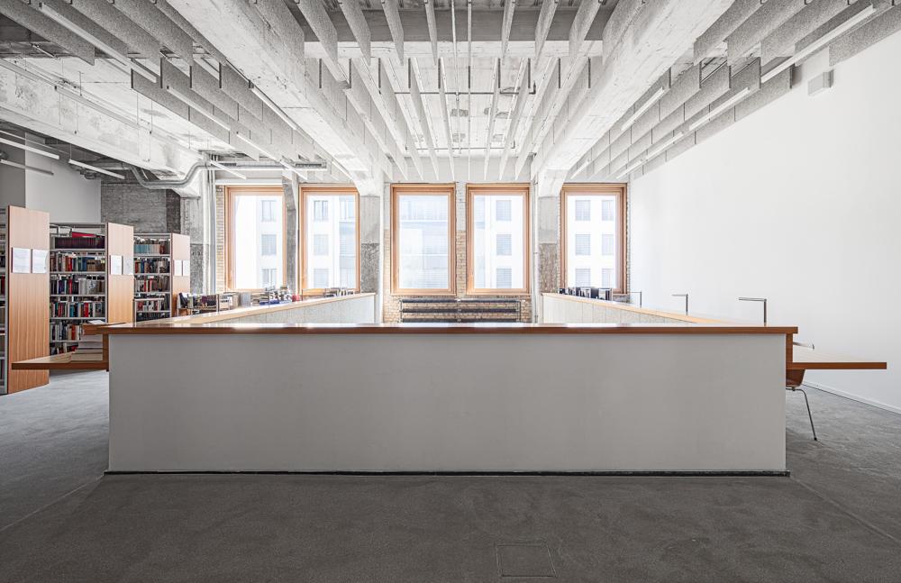 Hochschule für Schauspielkunst Ernst Busch - Bibliothek - Batimet Fensterfassaden Architekturfotograf Ken Wagner Architekturbüro Ortner und Ortner