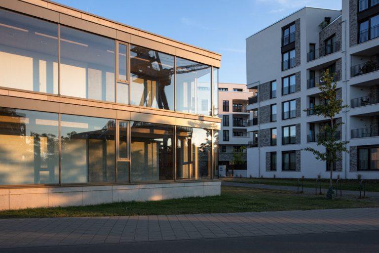 Hafenschule im Sonnenuntergang in Offenbach / Frankfurt am Main - Fotograf Ken Wagner