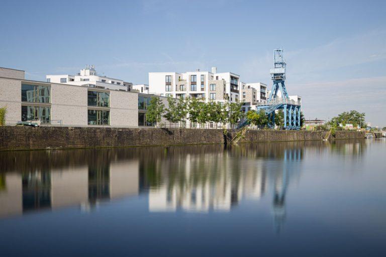 Hafenschule ihm frühen Morgen in Offenbach / Frankfurt am Main - Architekturfotograf Ken Wagner