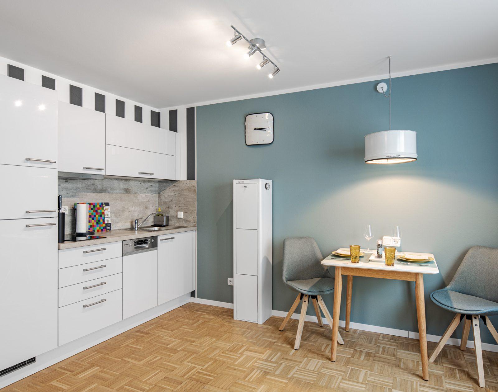 AIRBNB Wohnung Küche mit Essabteil Dresden - Interiorfotografie Ken Wagner