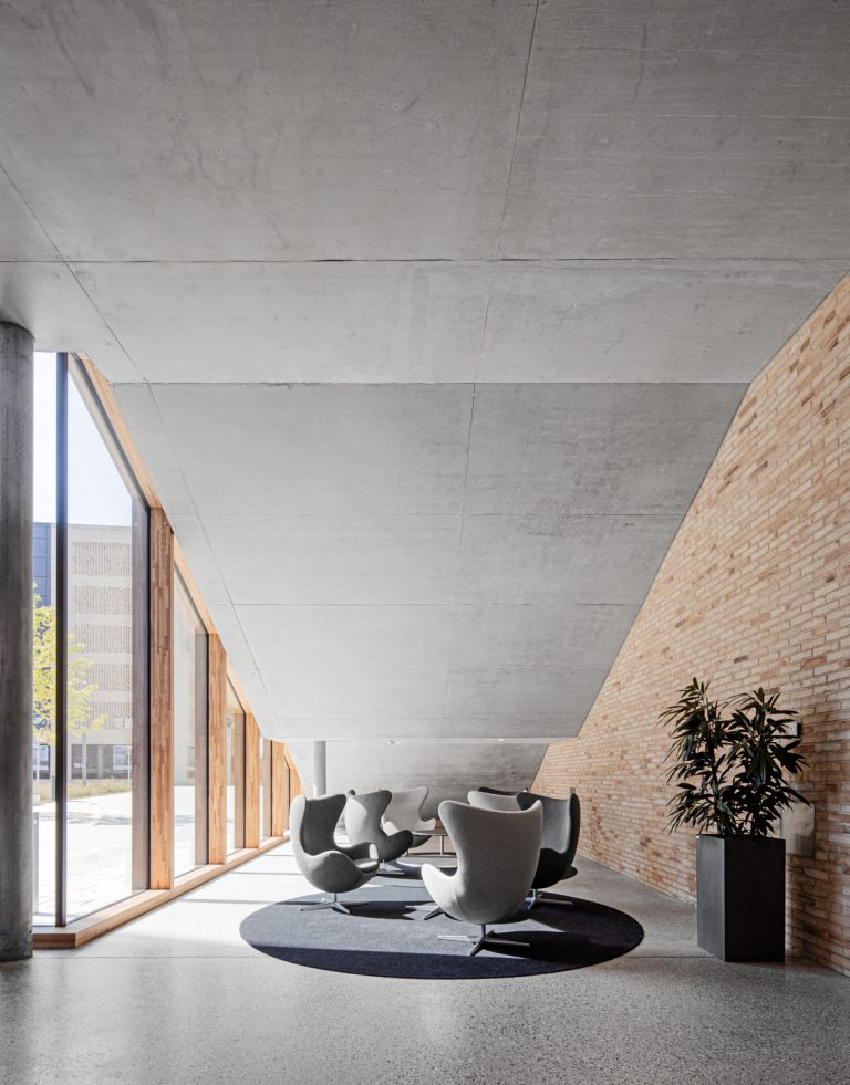 W&W Gruppe Campus Architekturfotografie Ludwigsburg Ken Wagner Innenarchitektur Easter Egg