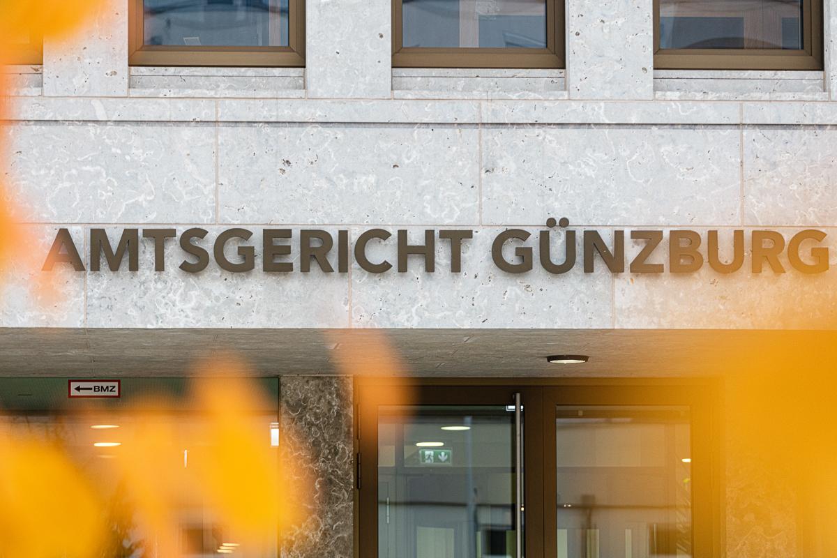 Schrift vom Amtsgericht in Günzburg