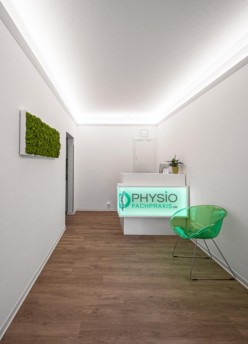 Physiotherapiefachpraxis Heynold auf der Breitenauer Straße  - Lichtmänner GmbH - Empfangsraum, Warteraum